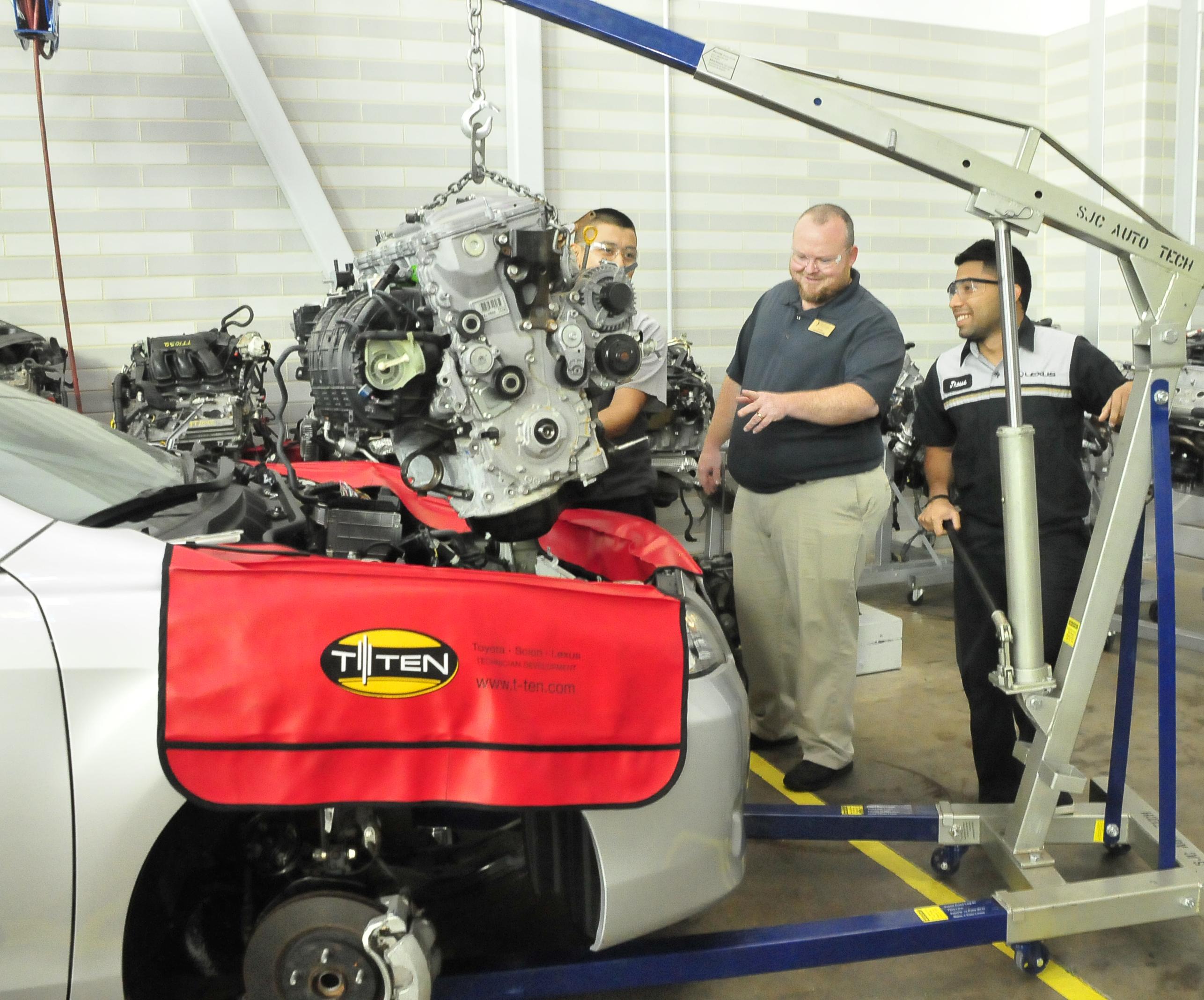 Toyota Technician Training & Education Network program achieves Entrée status