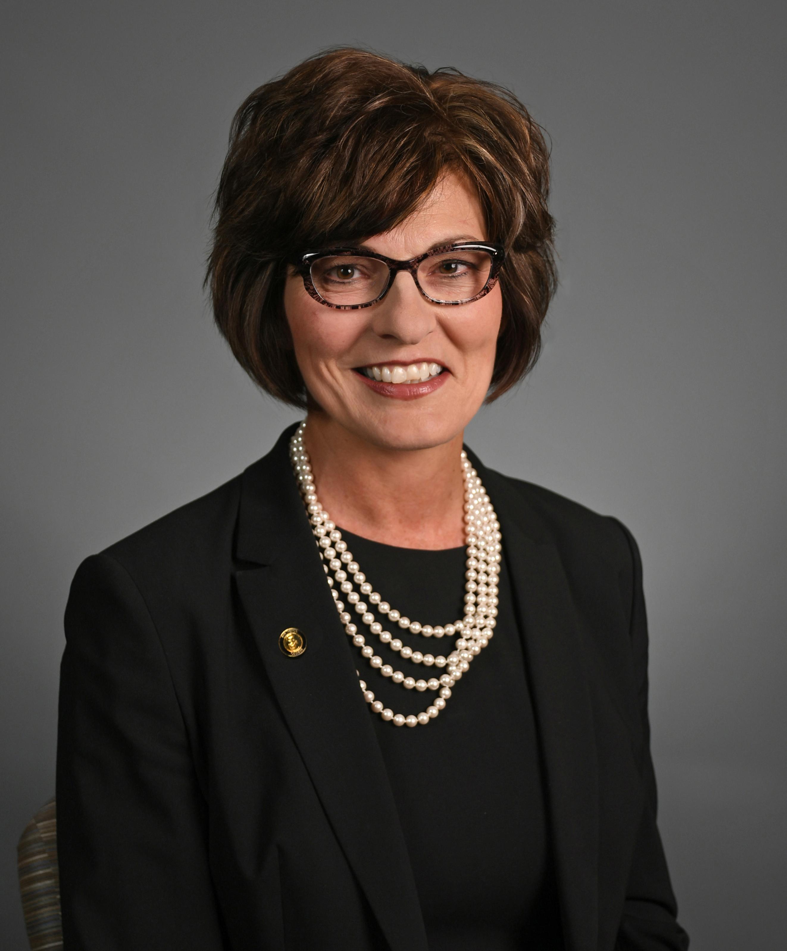 Dr Brenda Hellyer
