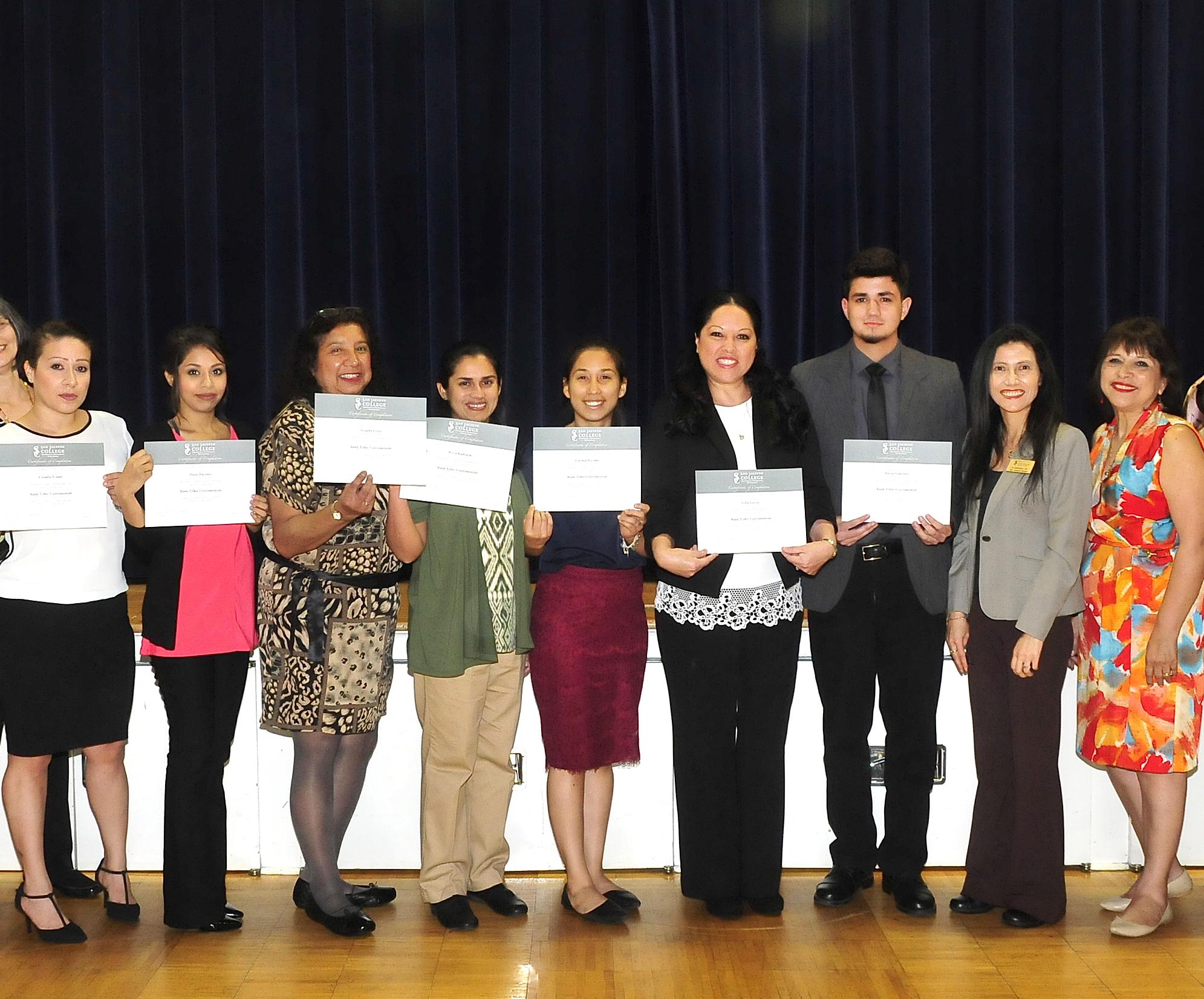 Pasadena residents pick up bank teller certificates to compete in job market